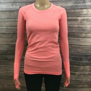 Lululemon Size 4 Coral Long Sleeve Textured Top